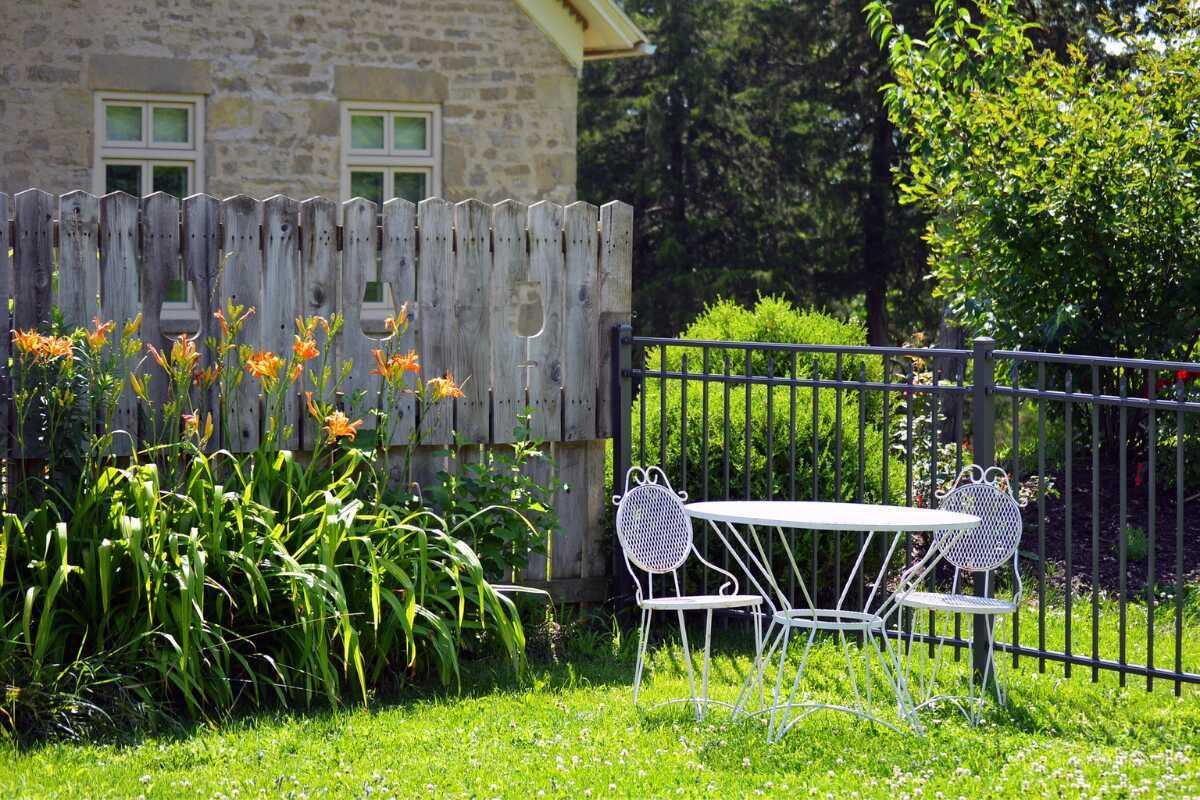 Einen kleinen Garten gestalten   So geht's   Garten und Freizeit